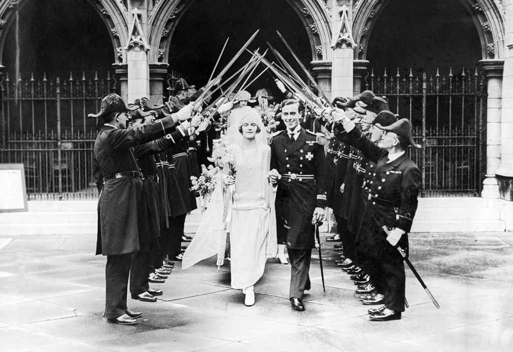 Lord Louis Mountbatten and Edwina Ashley after their wedding in the church of St. Margaret's in Westminster, pass through the wedding trellis. Date: 1922