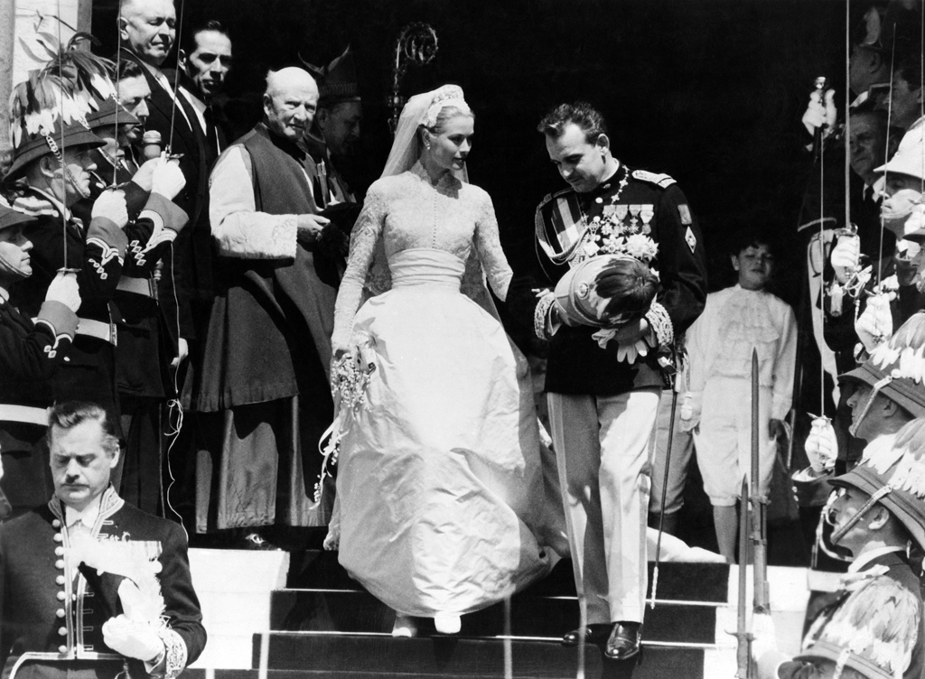 WEDDING IN MONACO, Grace Kelly, Prince Rainier, 1956 Date: 1956